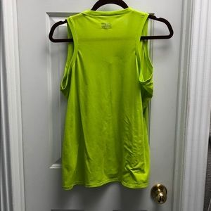Under Armour Tops - Under Armour Sleeveless Loose Fitting Workout Tank